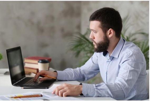 Descubre cómo puedes trabajar a distancia y llevar el seguimiento de tus proyectos