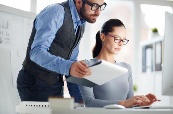 Cómo facturar con un software especializado