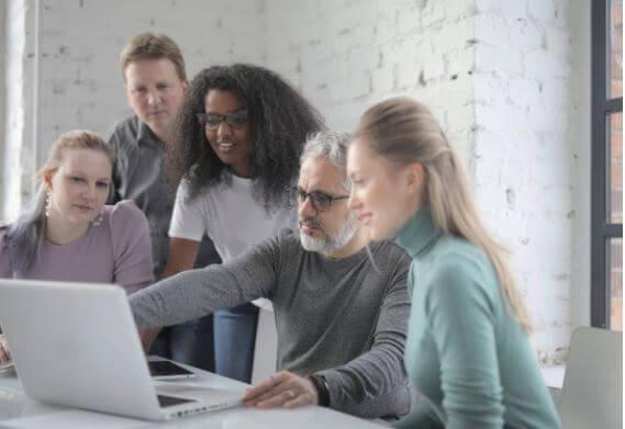 Cómo dar Seguimiento a un Proyecto en tu Empresa con un ERP